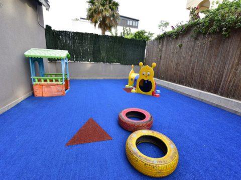 patio-escuela-infantil-duendes-det1