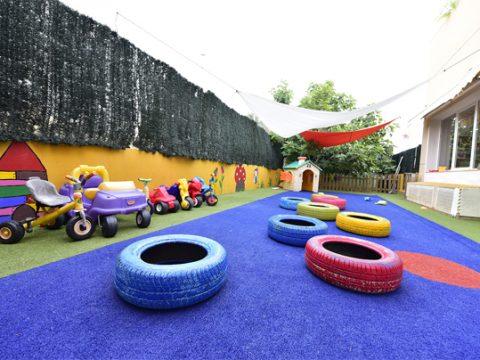 patio-escuela-infantil-duendes-det2