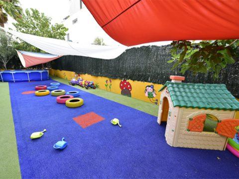 patio-escuela-infantil-duendes-det3